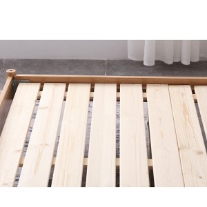 Tightly arranged solid wood bed