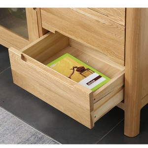 Large drawer storage space